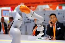 中国机器人市场格局改写 从进口变出口