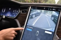 特斯拉自动驾驶中国首撞 自动驾驶和车主不靠谱的究竟是谁?