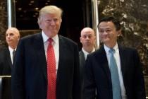 马云会见特朗普 左右逢源的中国企业家外交