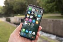富士康员工爆料iPhone8原型机:无线充电、放大电源键