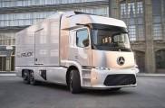 戴姆勒表示将在2021年前上市两款电动卡车