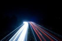 日本电信运营商NTT开发出传输速度达到每秒100GB的新技术